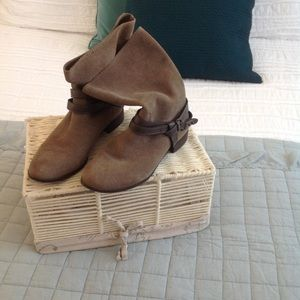 Seychelles real suede boots size 9M